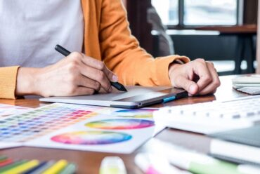 10 Actionable Tips on How To Finish Your Graphic Design Projects On Time